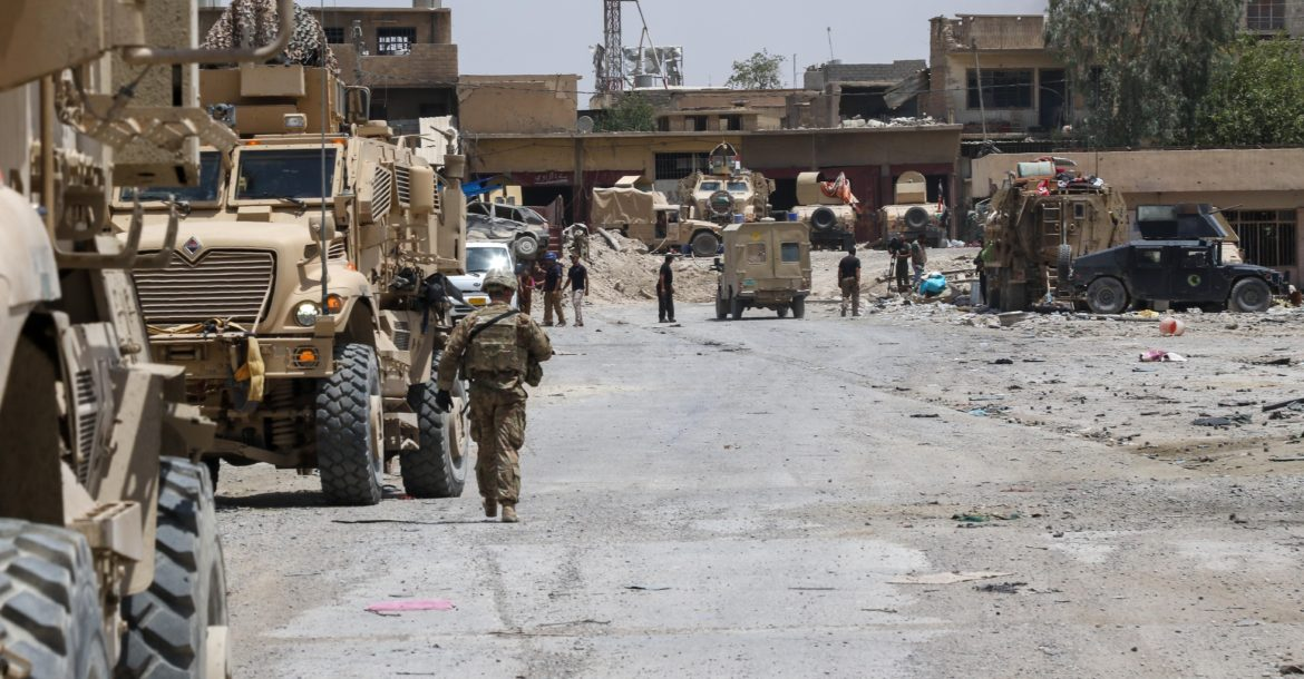 US soldiers assigned to the 2nd Brigade Combat Team, 82nd Airborne Division in Mosul, Iraq