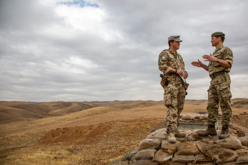 General Felix Gedney reviews coalition training in Iraq