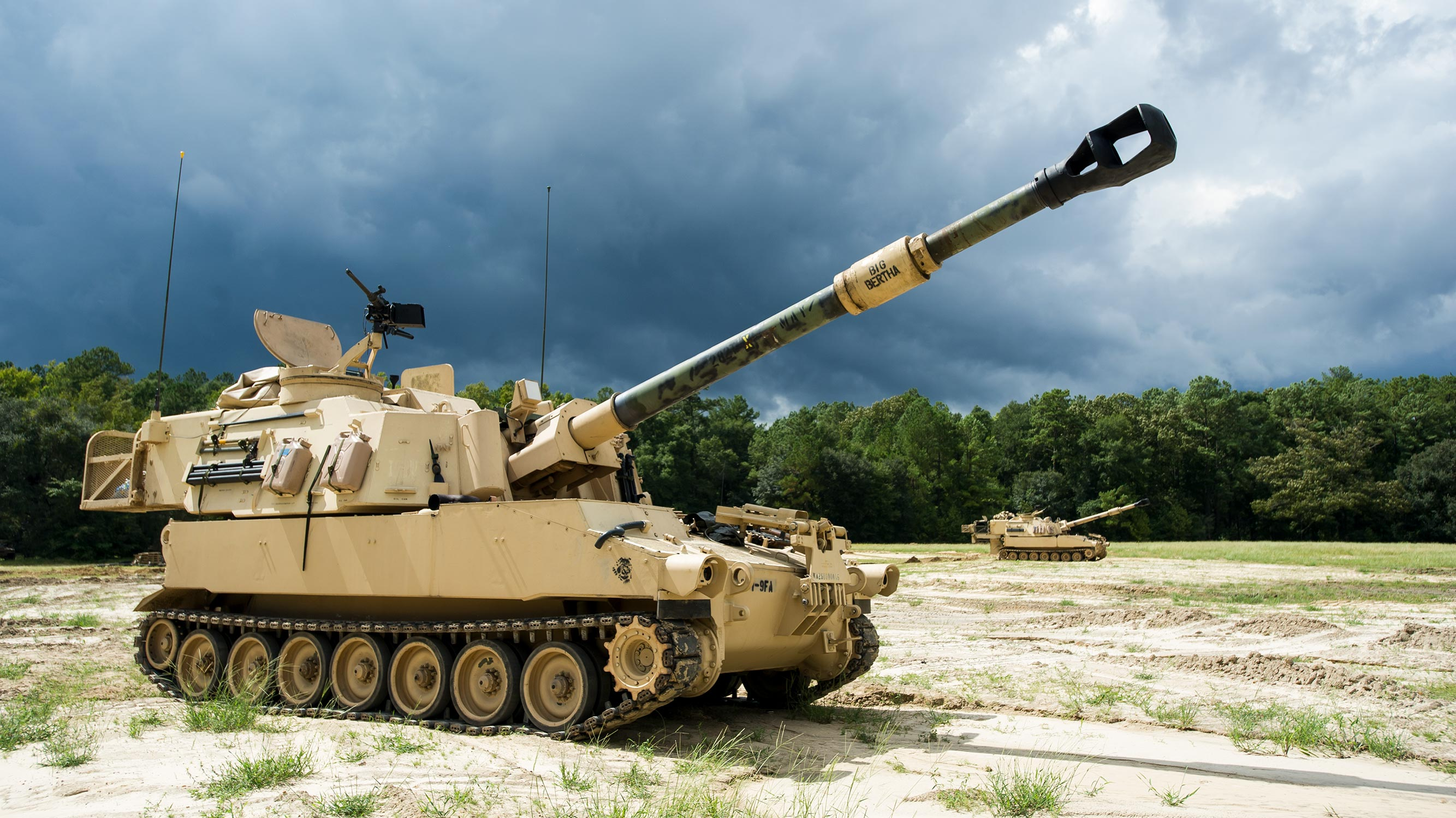 BAE Systems wins $228 million modification for 228 M109 Paladin howitzer vehicle sets