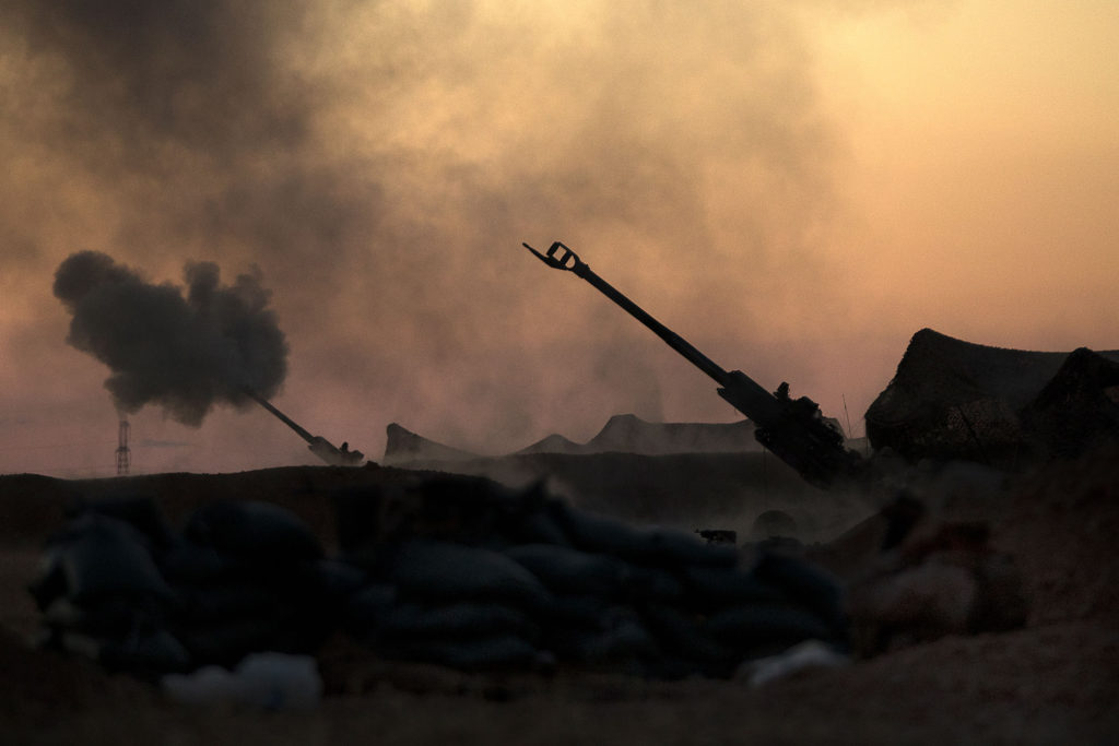 US Marines fire M777 howitzers, Syria