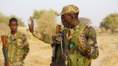 Nigerien officer conducts training during Exercise Flintlock 2017