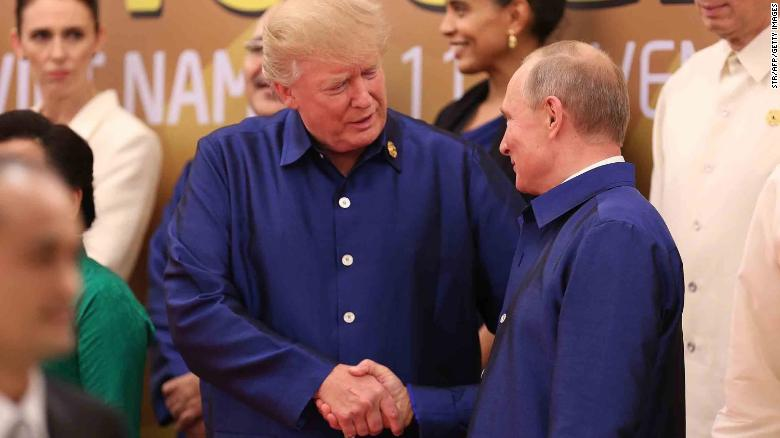 Trump and Putin at the APEC meeting in Vietnam