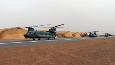 RAF Chinook helicopters in Mali