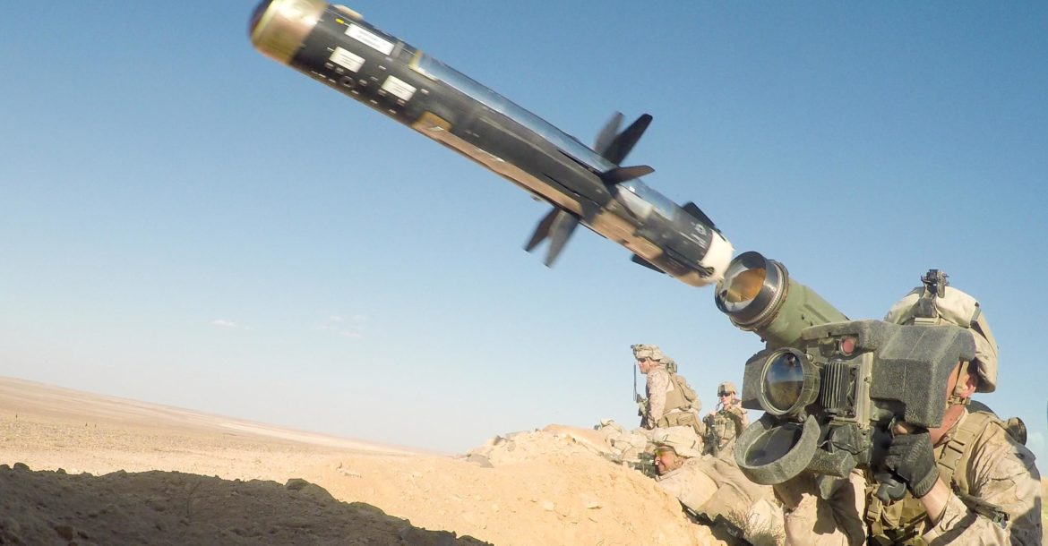 US Marine launches Javelin ATGM, At Tanf, Syria