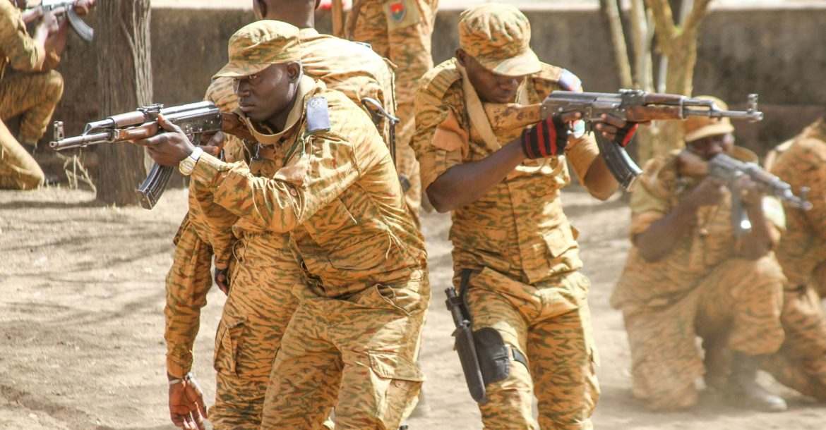 Burkina Faso soldiers train