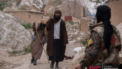 ISIS fighters and their families are evacuated from Baghuz, Syria