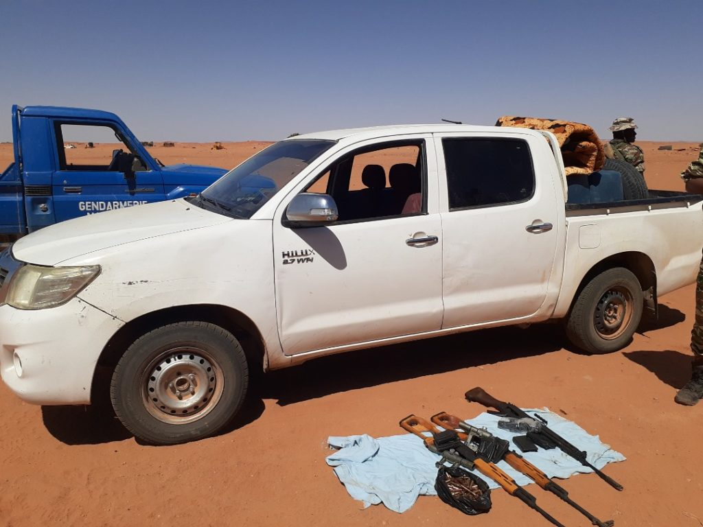 Weapons discovered by Niger troops
