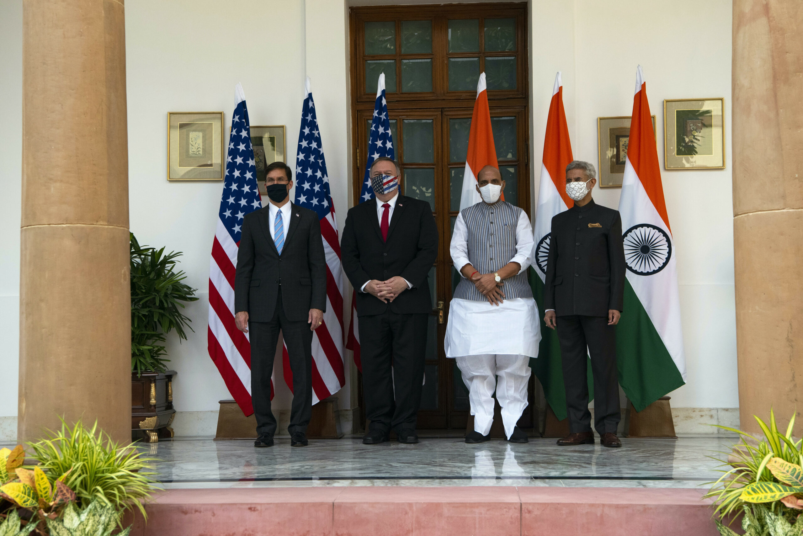 Defense Secretary Dr. Mark T. Esper, Secretary of State Mike Pompeo, Indian Defense Minister Rajnath Singh, and Indian External Affairs Minister Dr. S. Jaishankar pose for a photo before the U.S.-India 2+2 Ministerial, New Delhi, India, Oct. 27, 2020