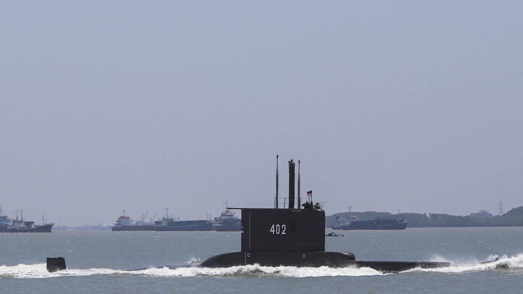 This photo taken on October 5, 2017, shows the Indonesian Cakra submarine KRI Nanggala sailing out from the port in Cilegon, Banten.