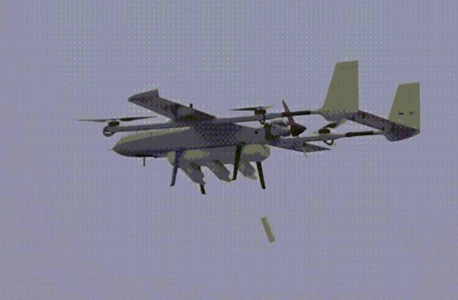 An unmanned swarm carrier system developed by Chinese company Zhongtian Feilong conducts a test flight in late March 2021.