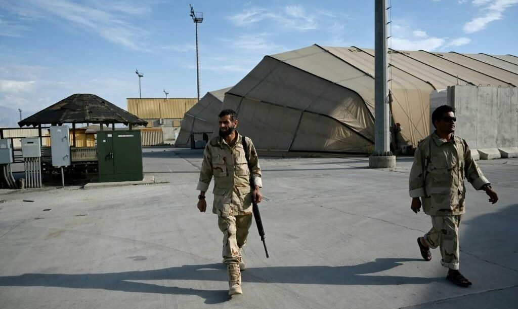 Afghan Army soldiers at Bagram air base after the departure of all US and NATO troops, some 70 kilometers north of Kabul, on July 5, 2021